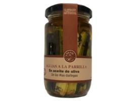 Agujas a la parrilla en aceite de oliva