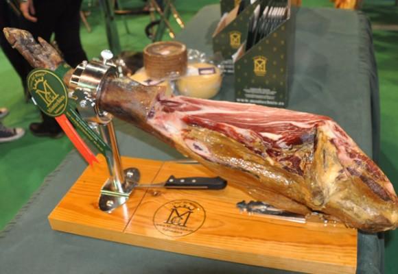 Cómo debemos consumir el jamón ibérico. Consejos Montechico.